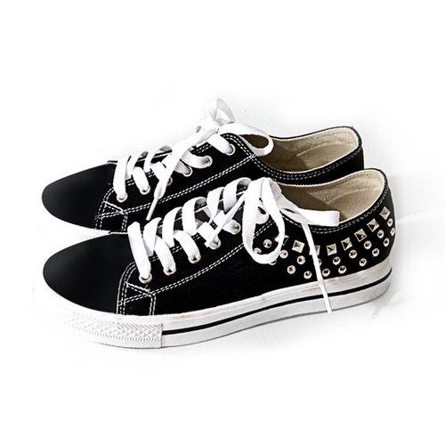Gia Mia Adult Studded Sneaker : GS13W